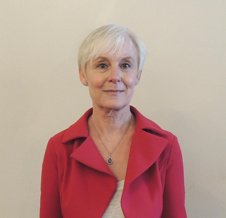 Mme Olga DARAZS